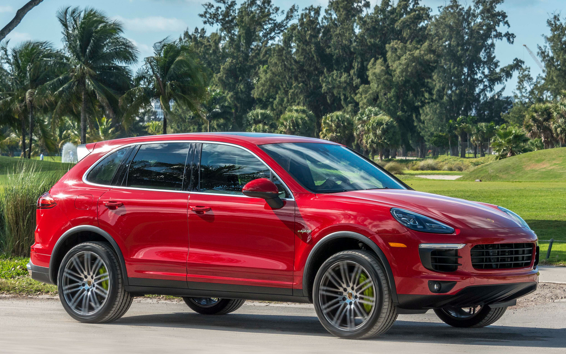 Porsche Cayenne S EHybrid 2015 US Wallpapers and HD Images