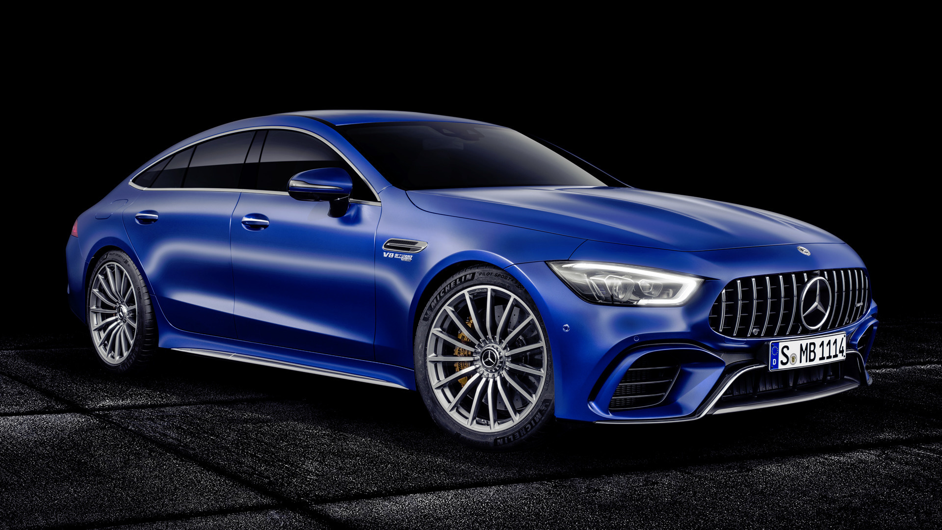 mercedes amg gt 63 s 4 door 2018 wallpapers and hd. Black Bedroom Furniture Sets. Home Design Ideas