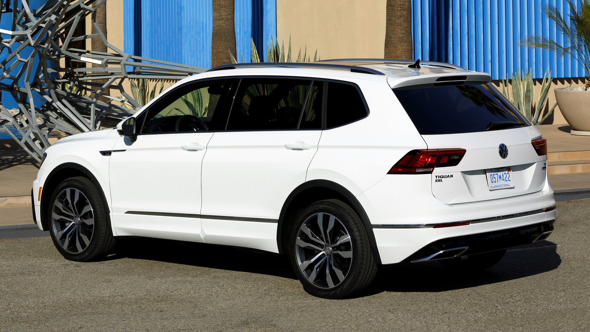 volkswagen tiguan r line lwb 2018 us wallpapers and hd images car pixel. Black Bedroom Furniture Sets. Home Design Ideas