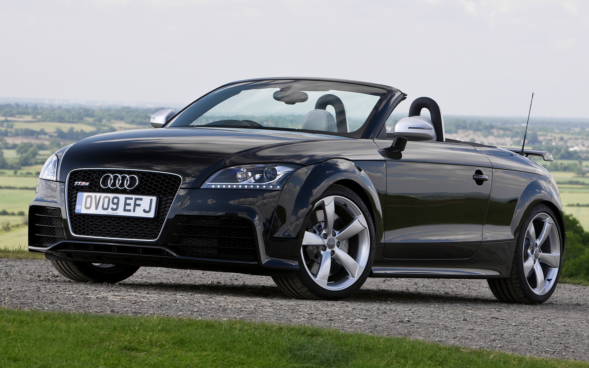 Audi Tt Rs Roadster 2009 2010 Front Links Pictures to pin on Pinterest