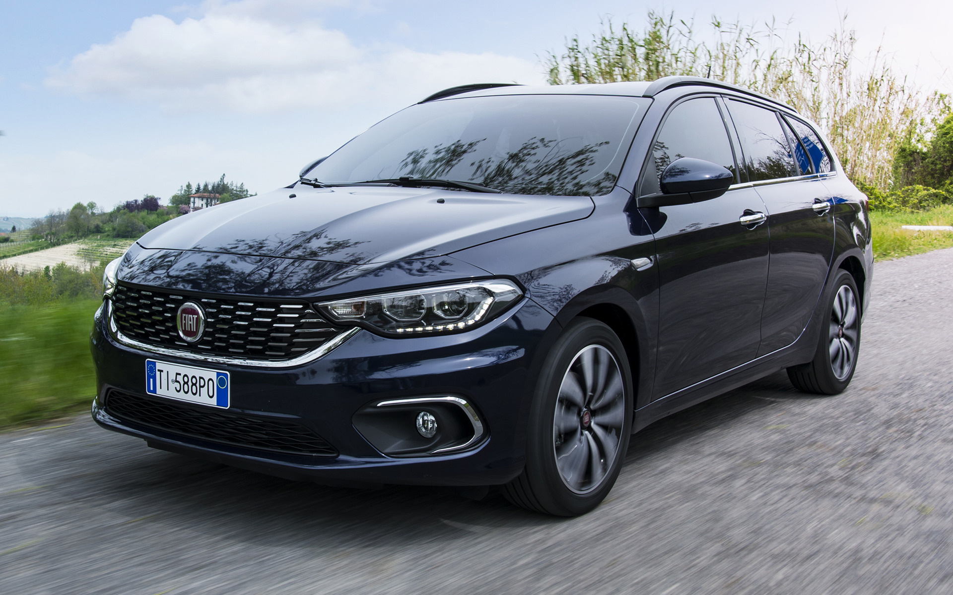 Fiat Tipo Station Wagon 2016 Wallpapers And Hd Images