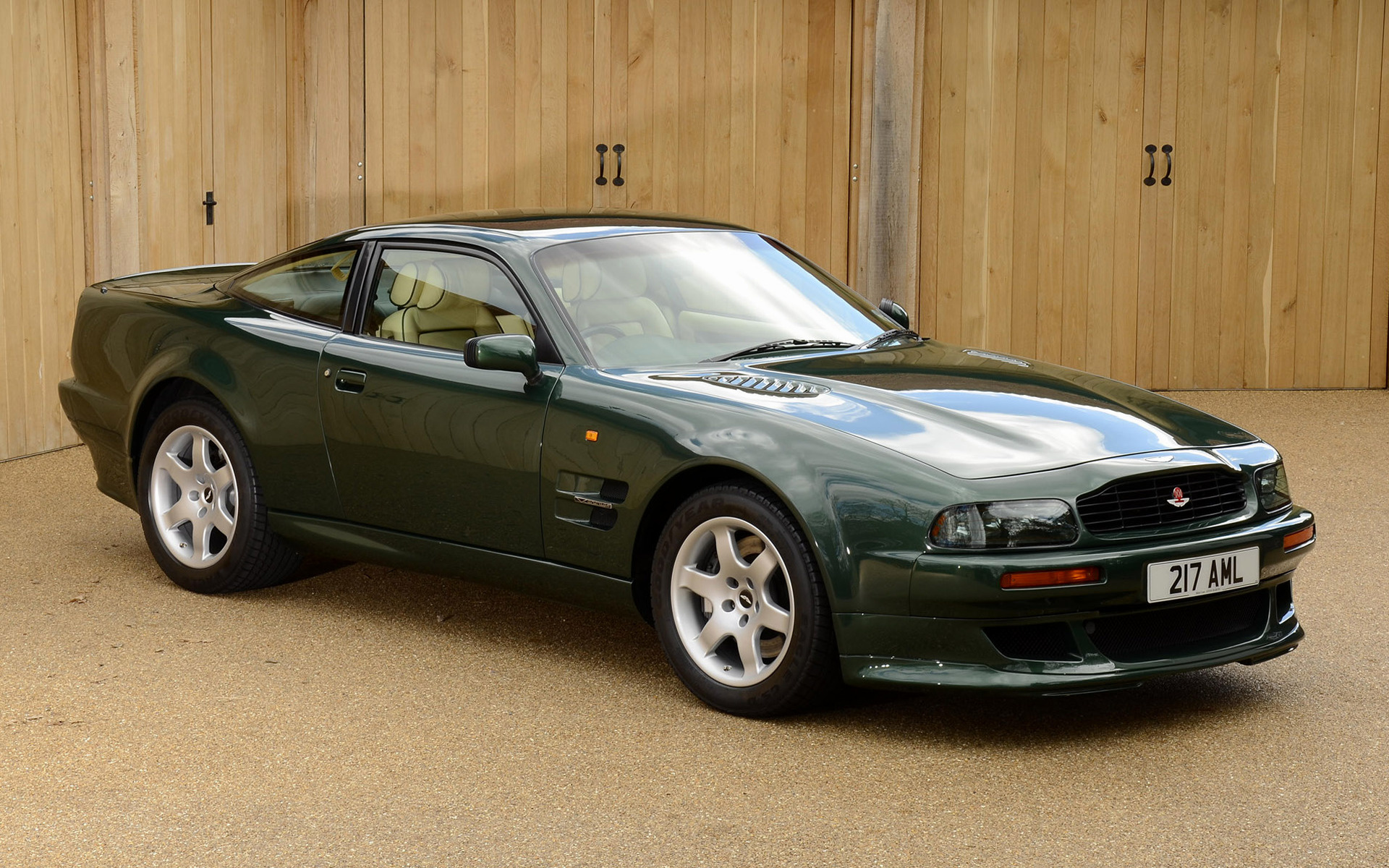 Aston Martin V8 Vantage 1993 Uk Wallpapers And Hd Images