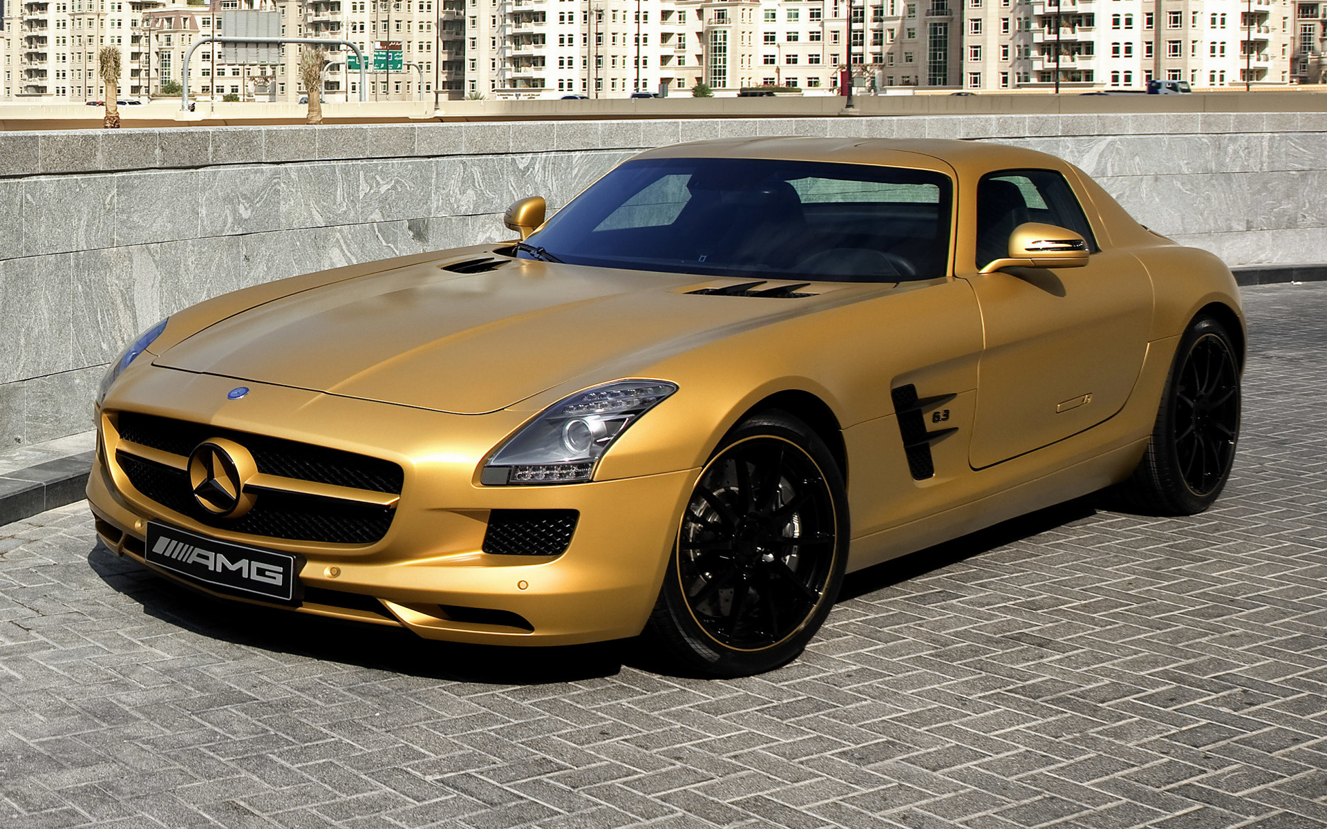 2010 mercedes benz sls amg desert gold wallpapers and hd. Black Bedroom Furniture Sets. Home Design Ideas