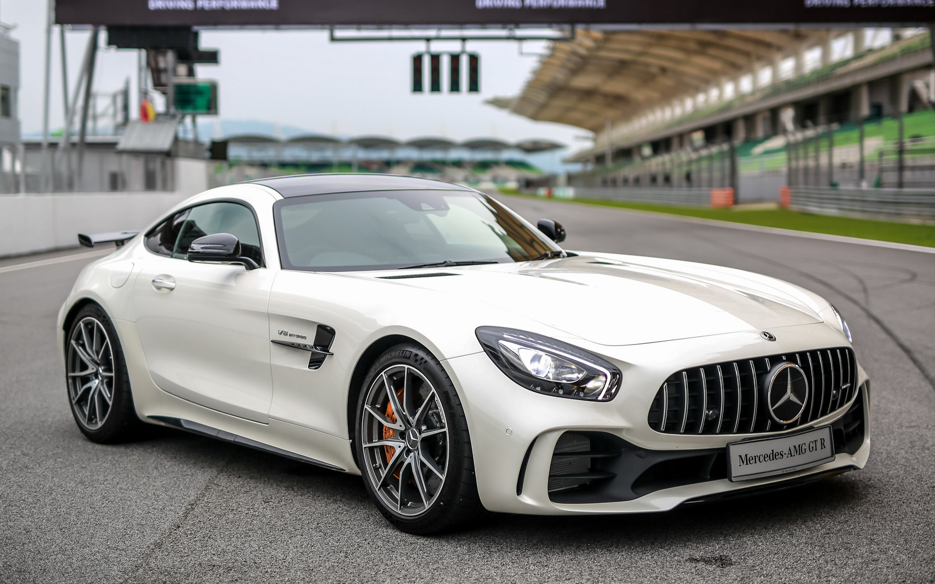 2017 Mercedes Amg Gt R My Wallpapers And Hd Images