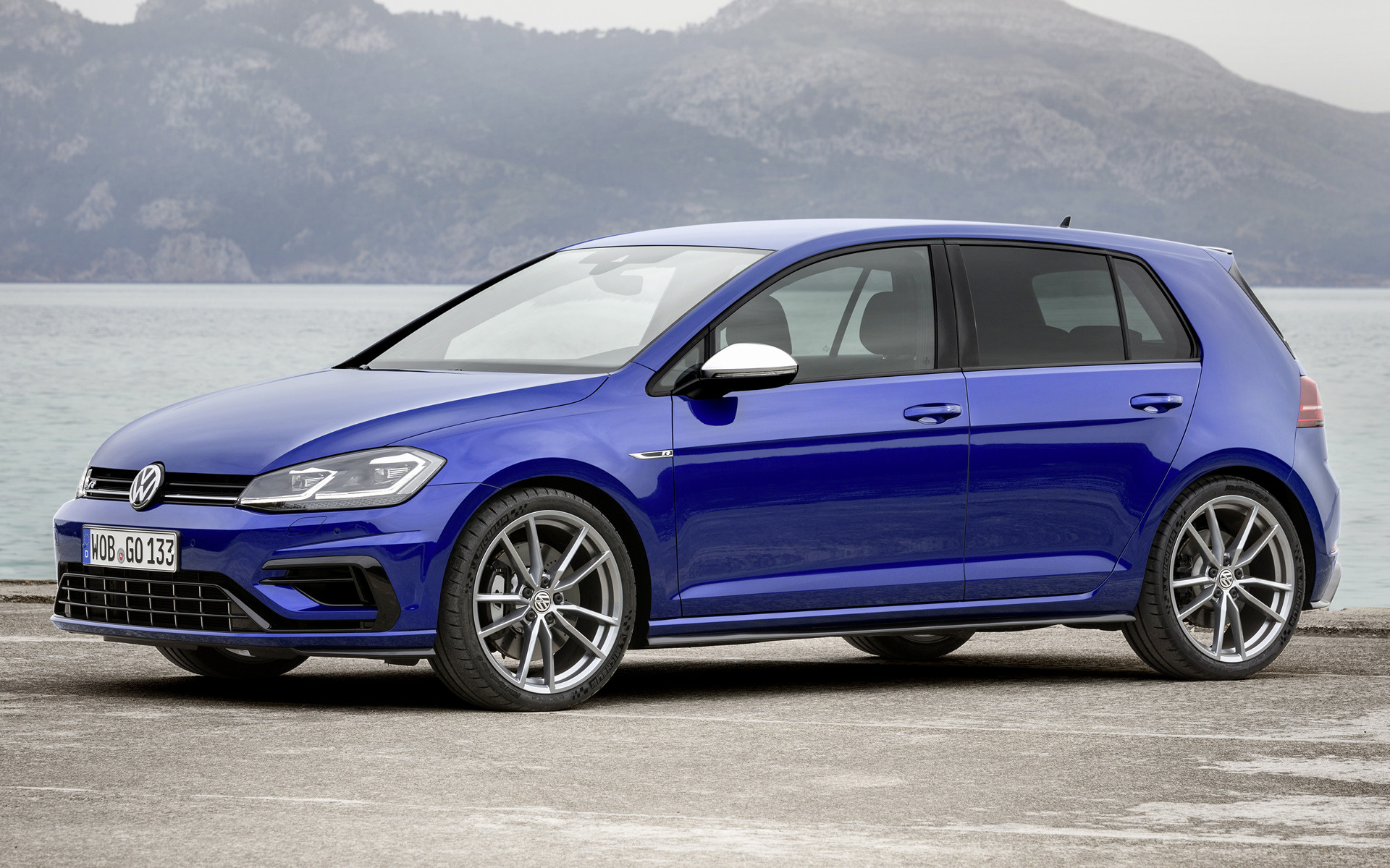 Volkswagen Golf R 5 Door 2017 Wallpapers And HD Images