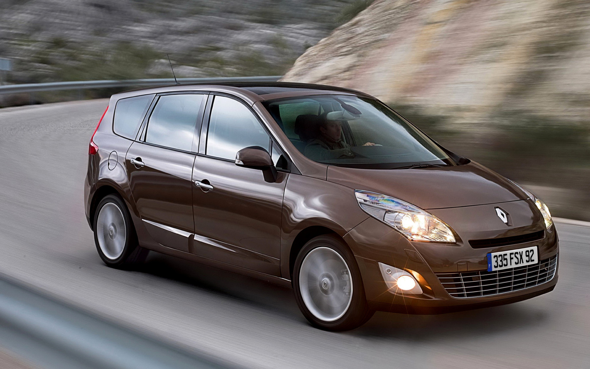2009 Renault Grand Scenic Wallpapers And Hd Images Car Pixel
