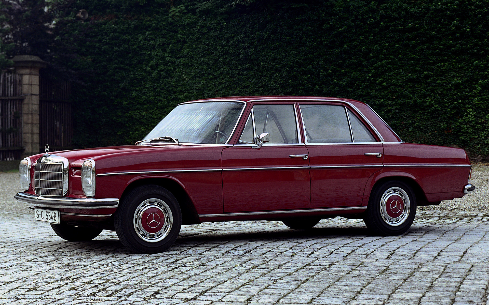 Mercedes Benz 200 1968 Wallpapers And Hd Images Car Pixel