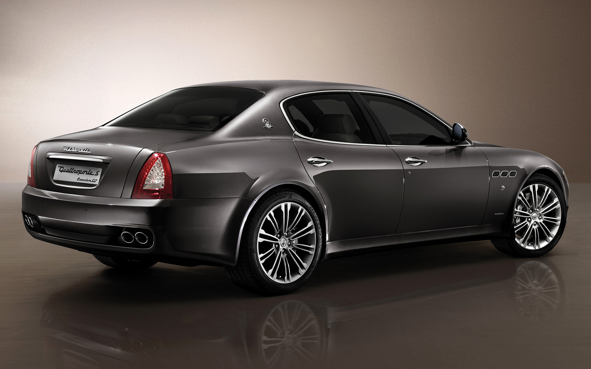 Maserati quattroporte executive gt 2009 wallpapers and hd images wide 85 sciox Choice Image