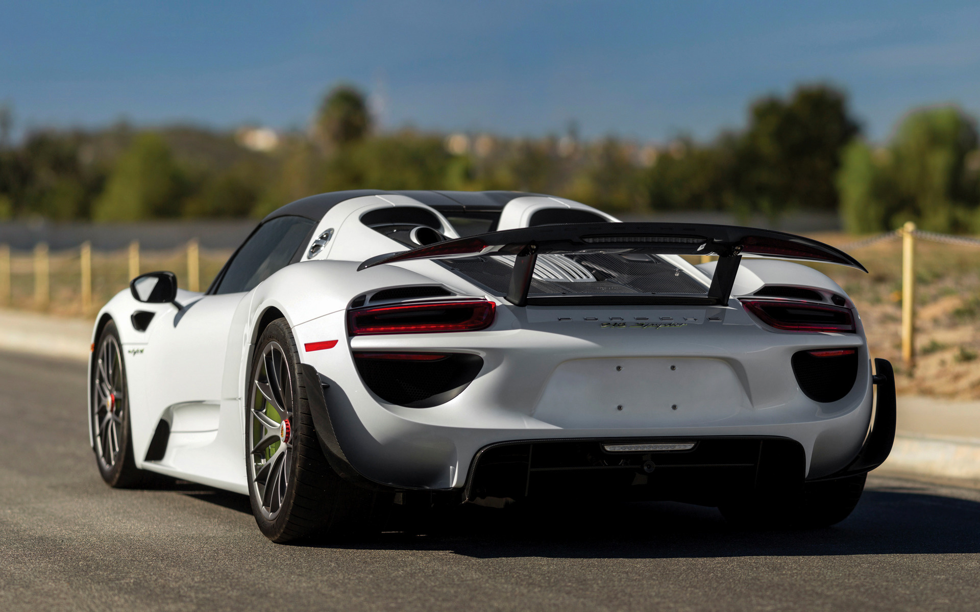 porsche 918 spyder weissach package 2014 us wallpapers and hd images car. Black Bedroom Furniture Sets. Home Design Ideas