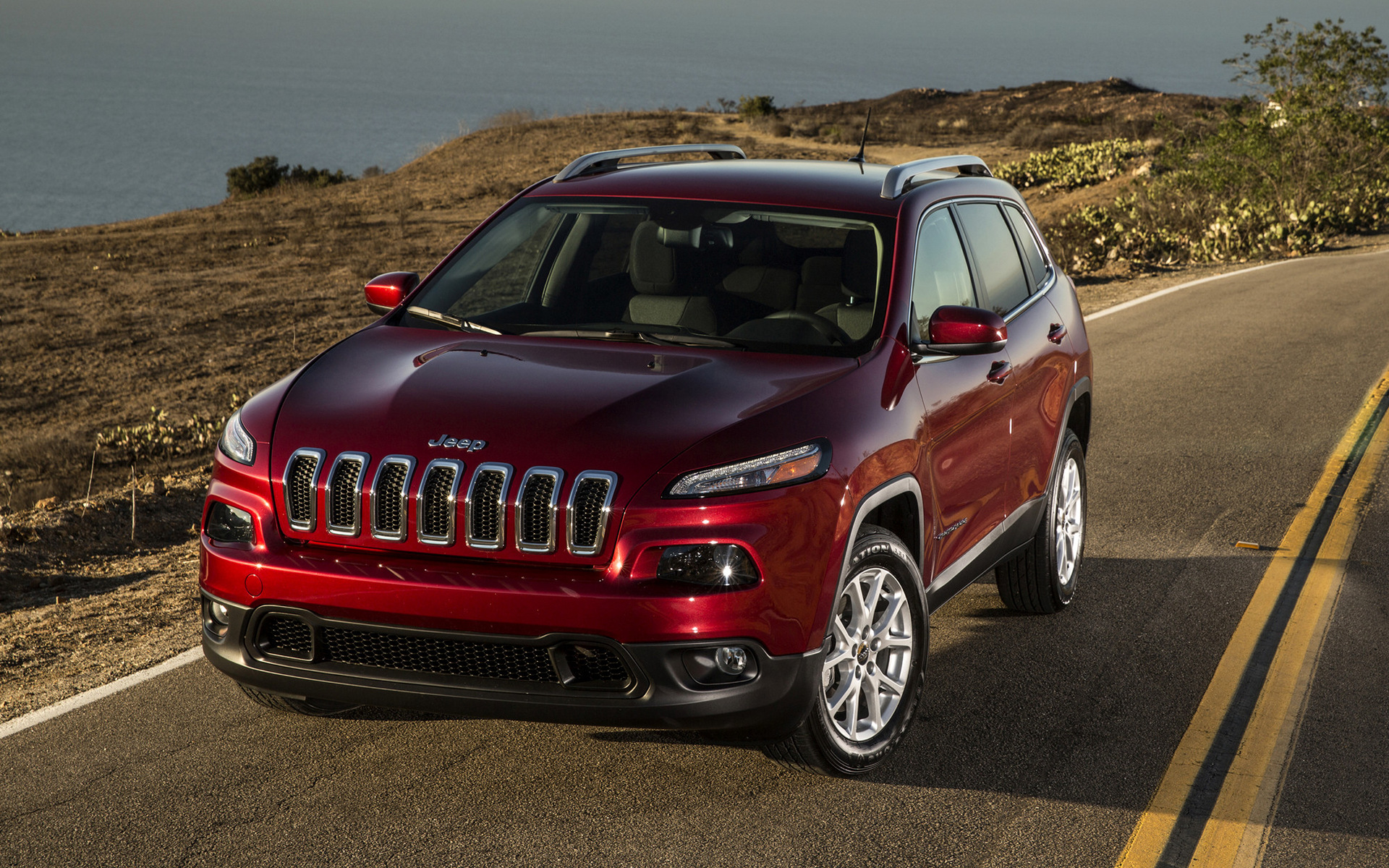 jeep cherokee latitude 2014 wallpapers and hd images car pixel. Black Bedroom Furniture Sets. Home Design Ideas