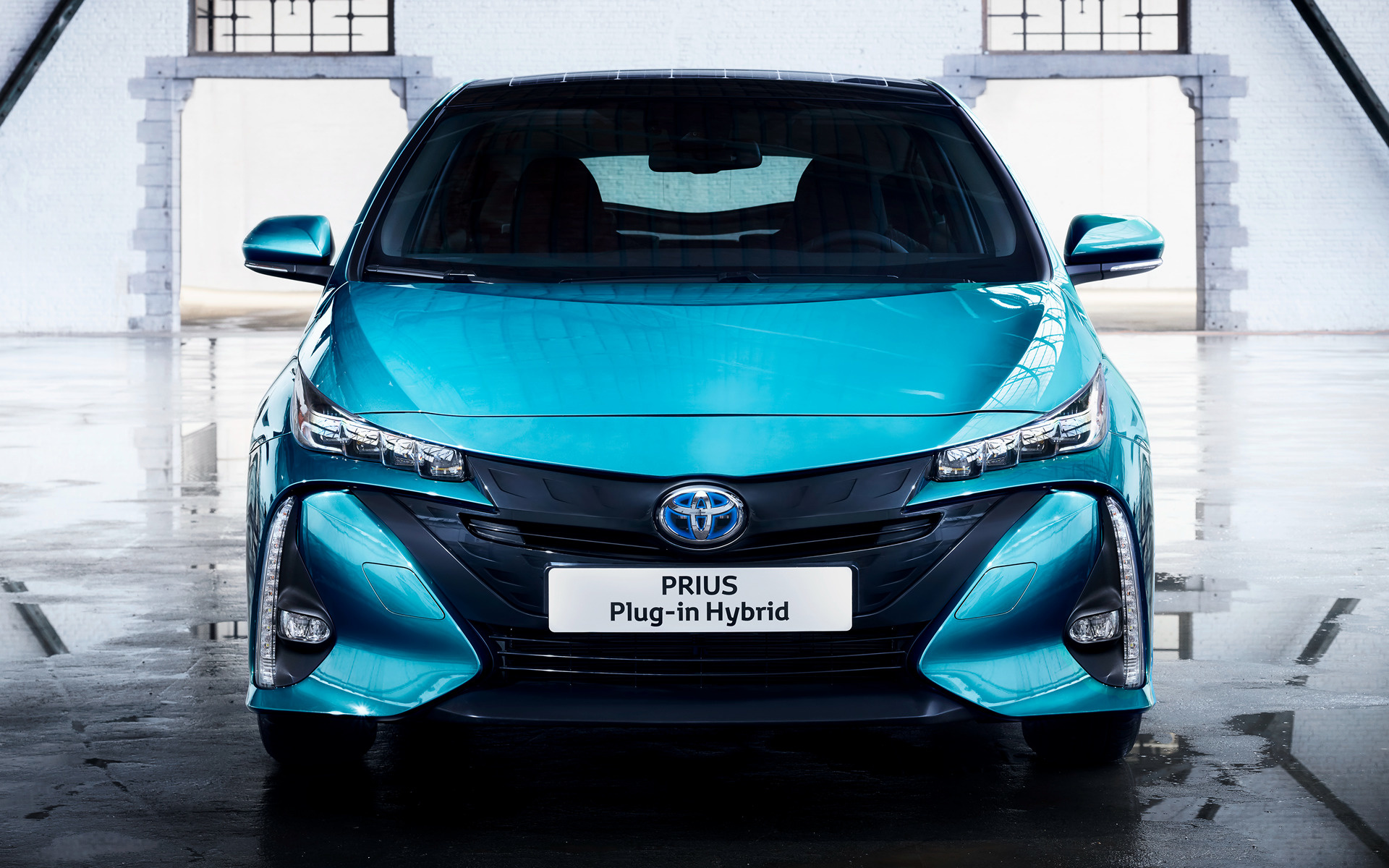 toyota prius plug in hybrid 2016 wallpapers and hd. Black Bedroom Furniture Sets. Home Design Ideas