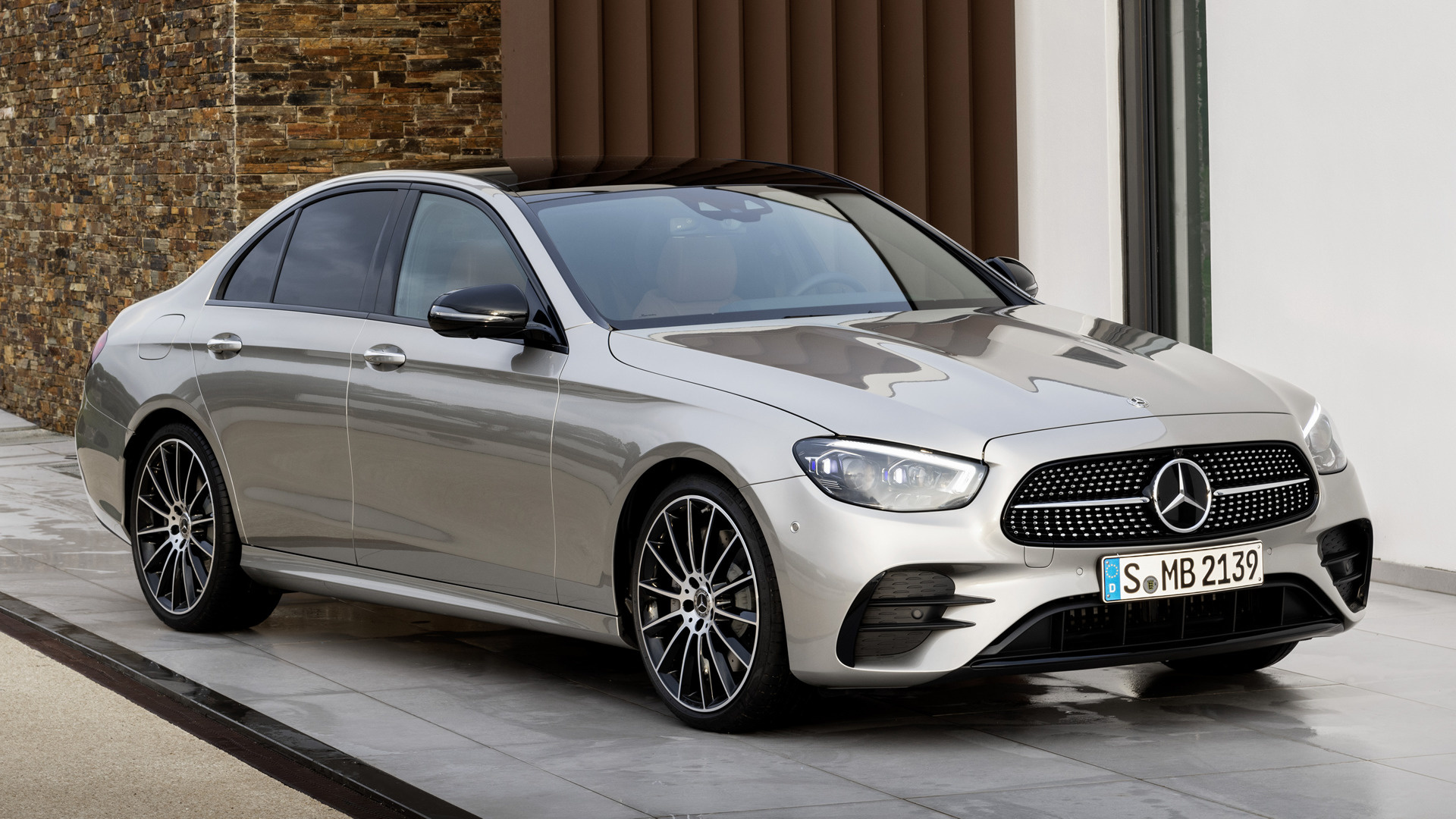 2020 Mercedes Benz E Class Images