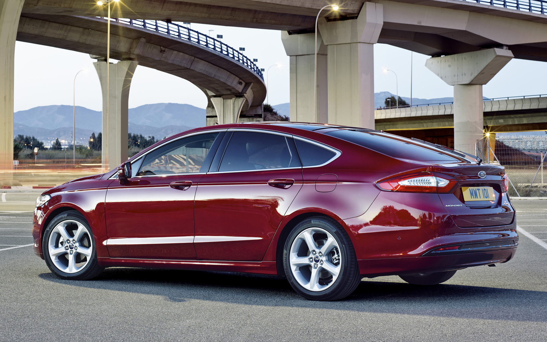 2014 Ford Mondeo Hatchback Uk Wallpapers And Hd Images