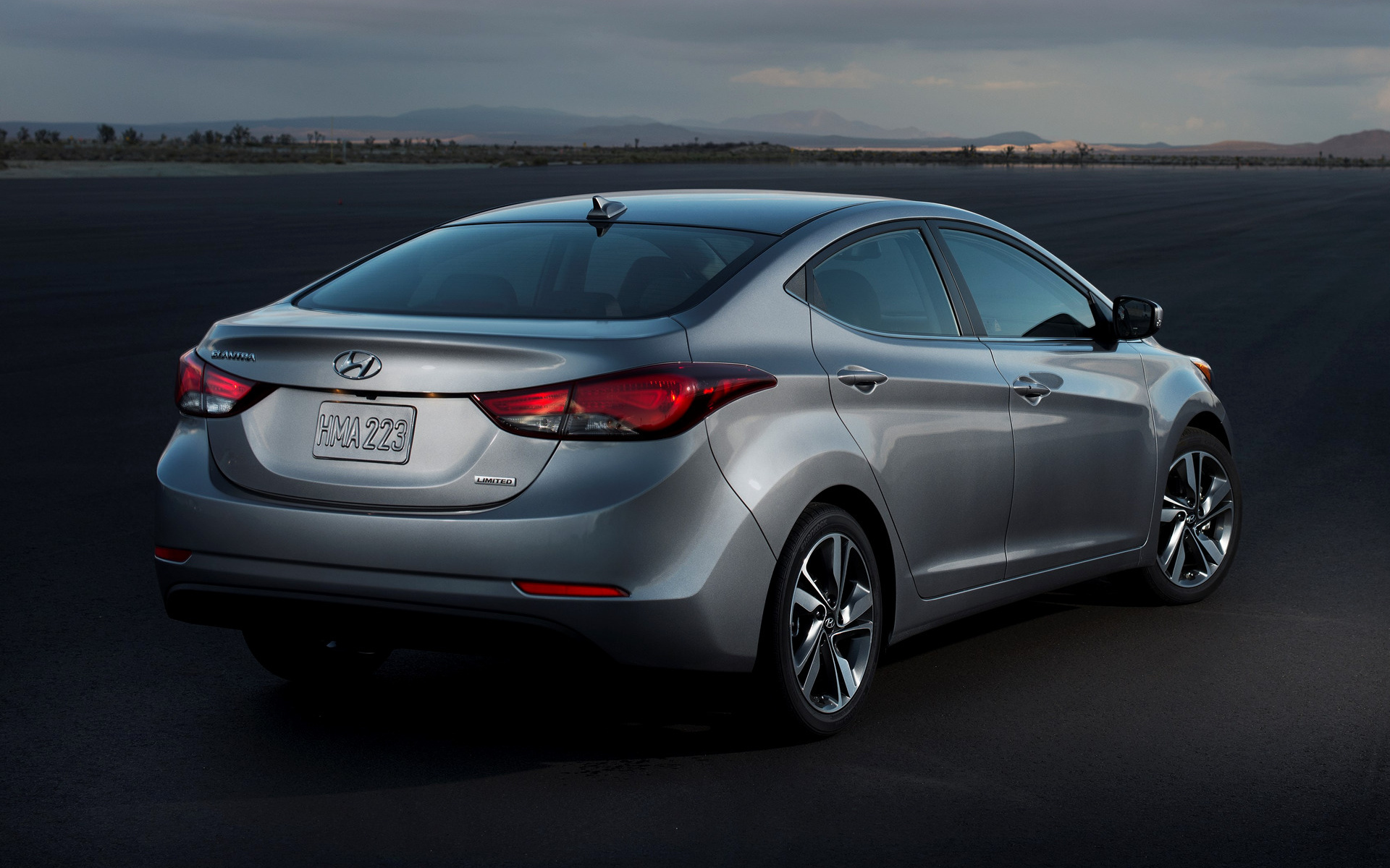 2014 Hyundai Elantra Limited Us Wallpapers And Hd