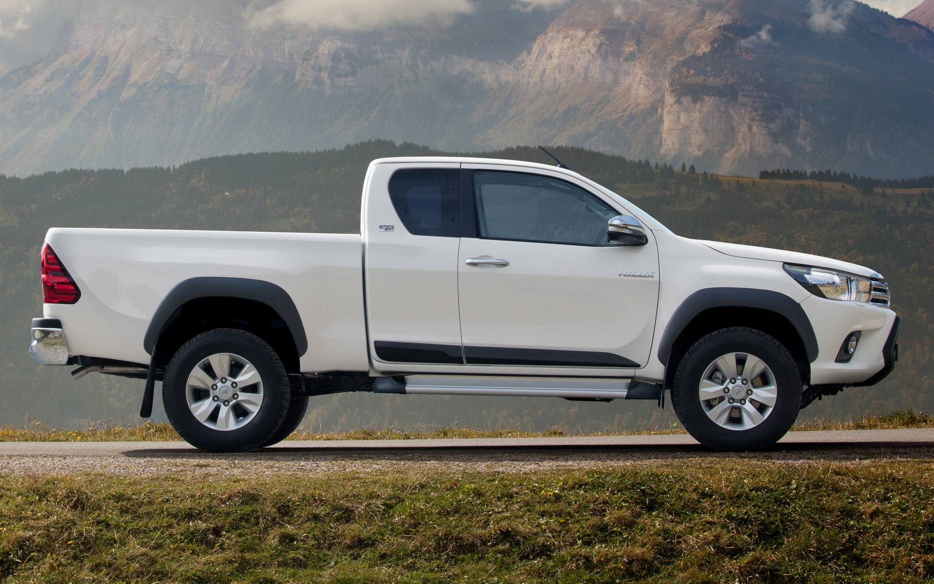 2018 Toyota Hilux Xtra Cab Legende Sport - Wallpapers and HD Images | Car Pixel