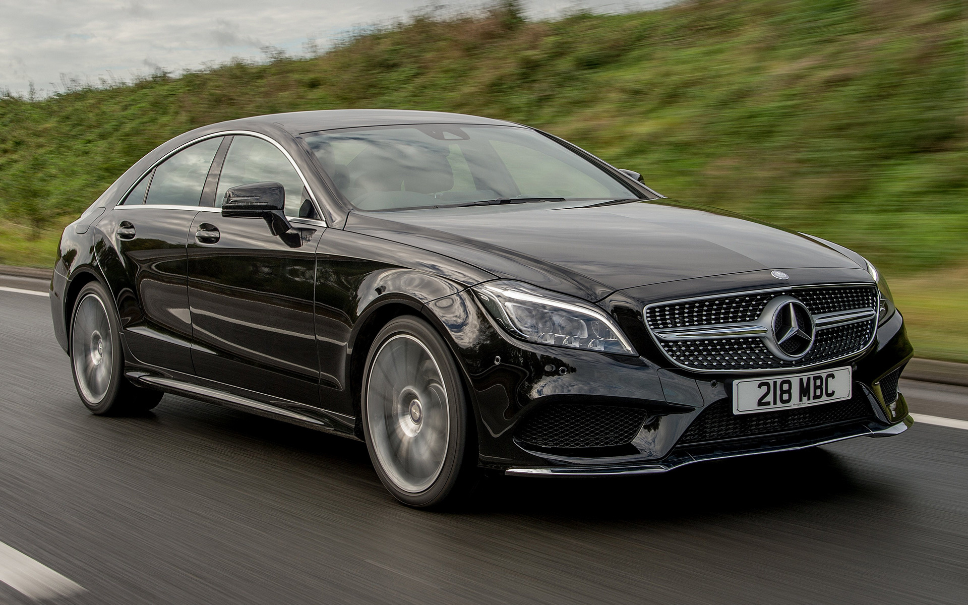 Mercedes benz cls class amg line 2014 uk wallpapers and for Mercedes benz sedan line