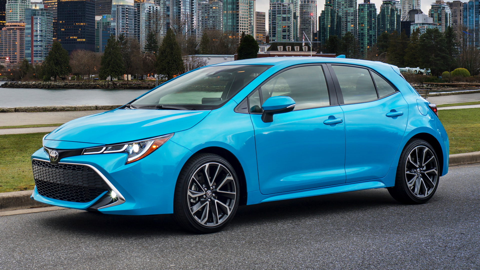 2019 Toyota Corolla Xse Hatchback Wallpapers And Hd