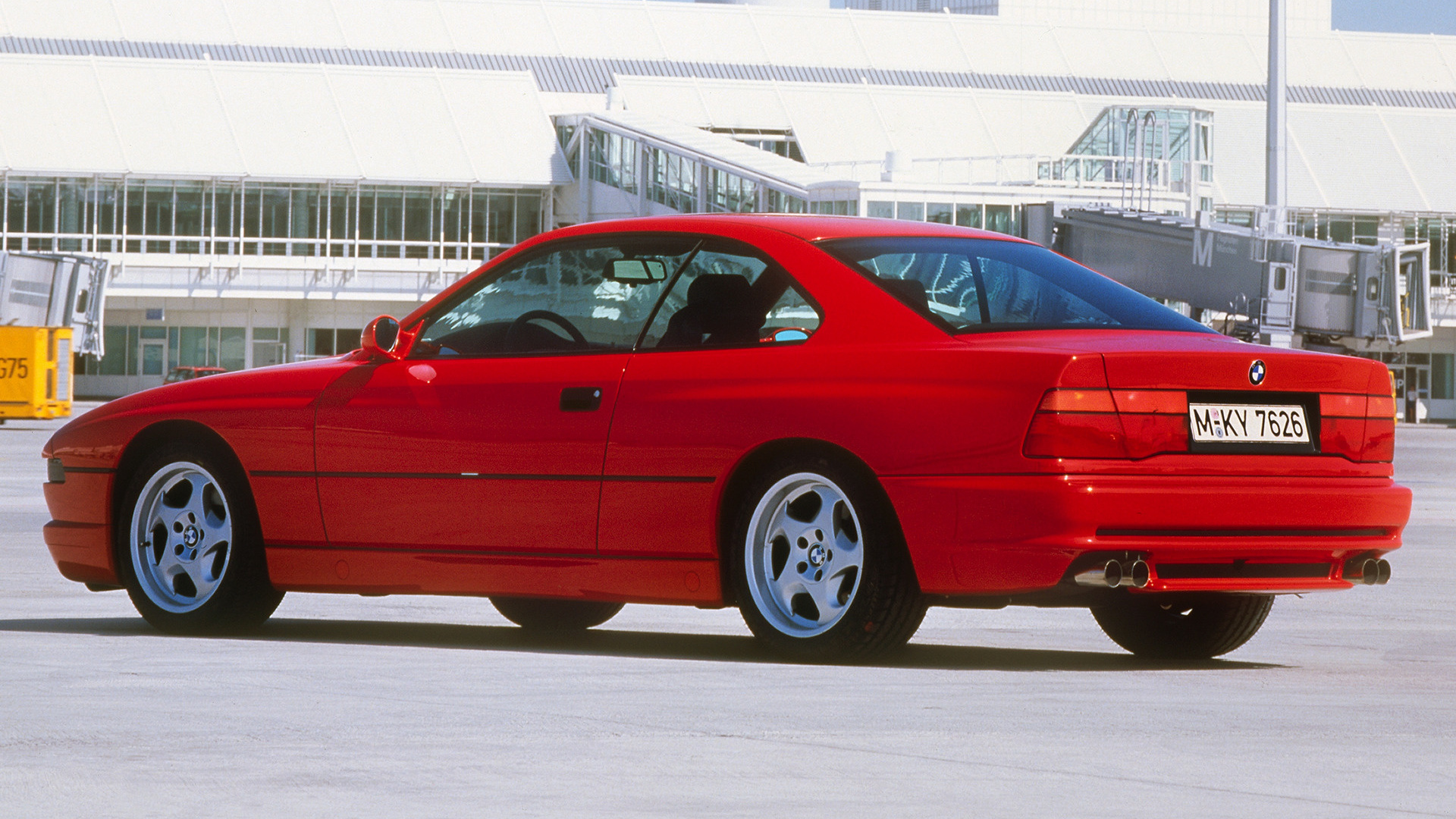 1992 bmw 850 csi coupe wallpapers and hd images car pixel. Black Bedroom Furniture Sets. Home Design Ideas