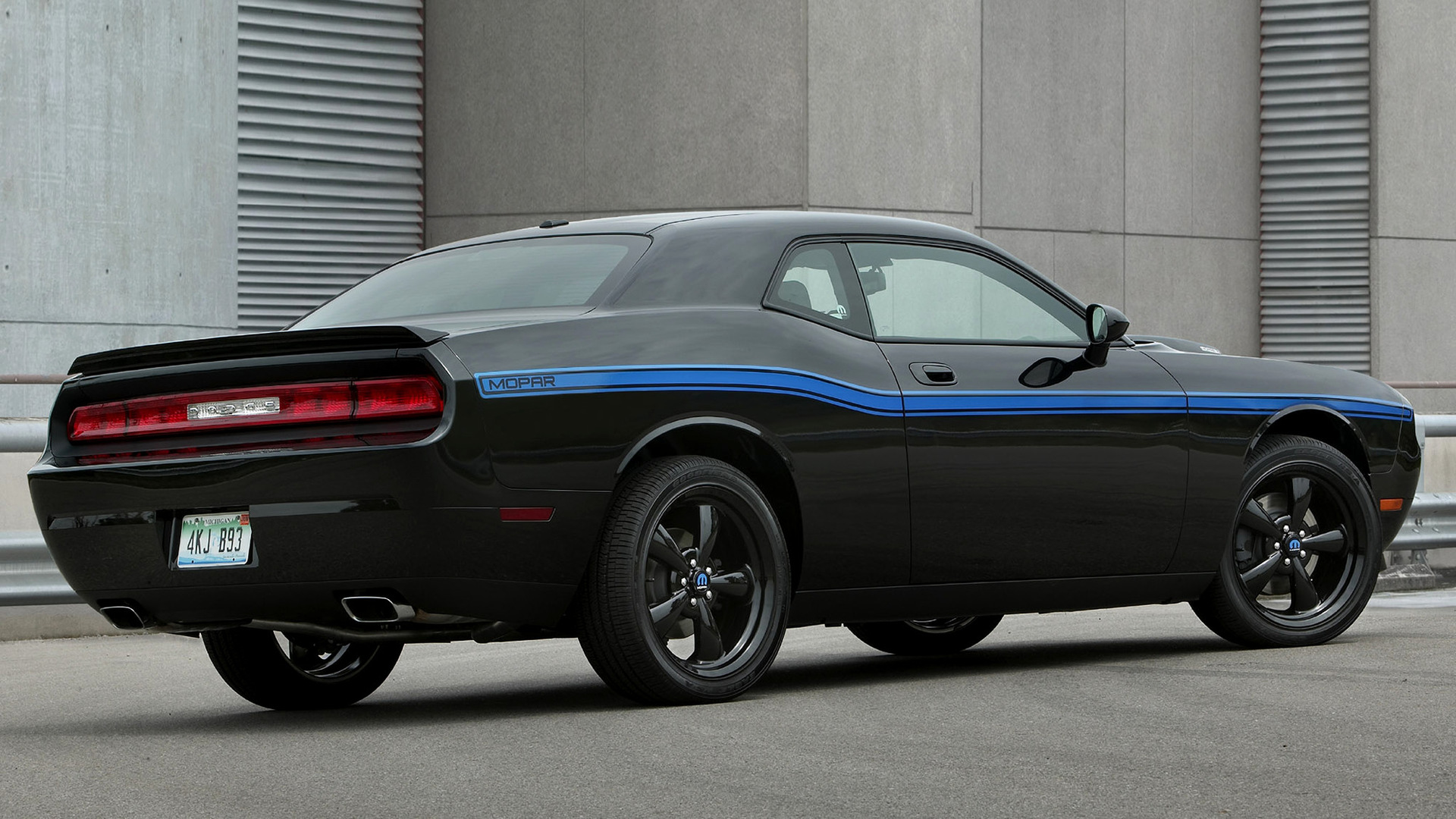 Mopar 10 Challenger 2010 Wallpapers And Hd Images Car