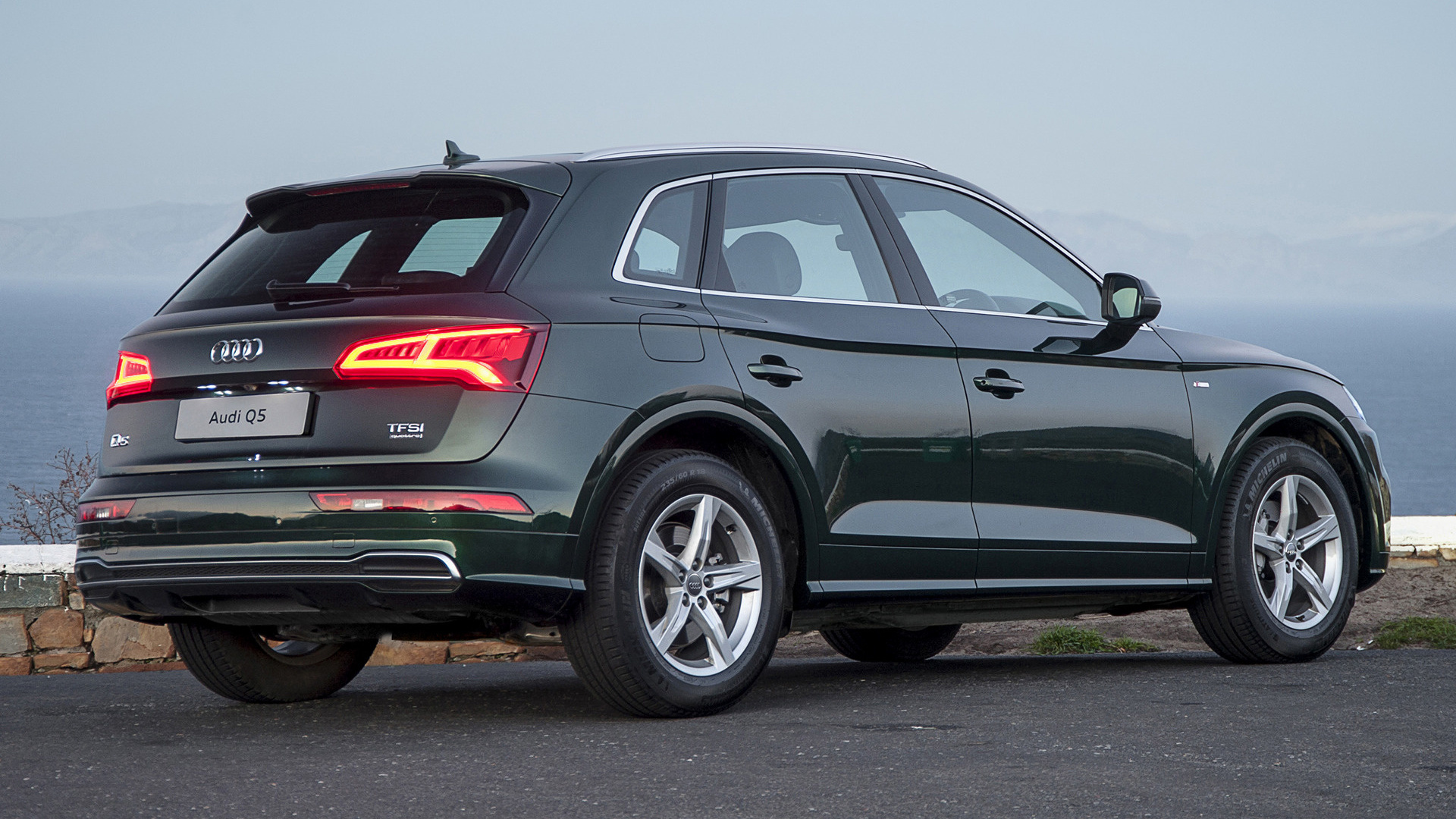 audi q5 s line 2017 za wallpapers and hd images car pixel. Black Bedroom Furniture Sets. Home Design Ideas