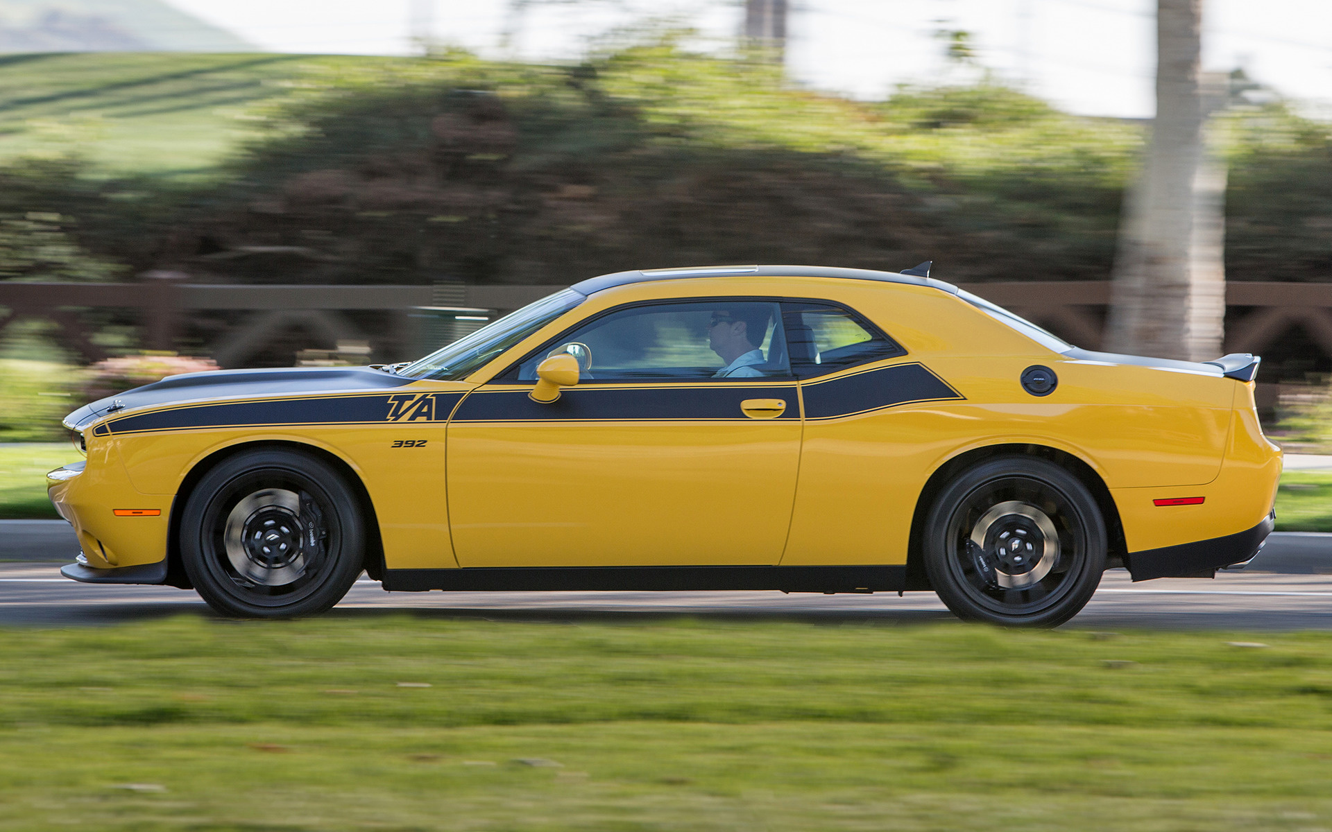 2016 Dodge Challenger Hellcat >> 2017 Dodge Challenger T/A 392 - Wallpapers and HD Images ...