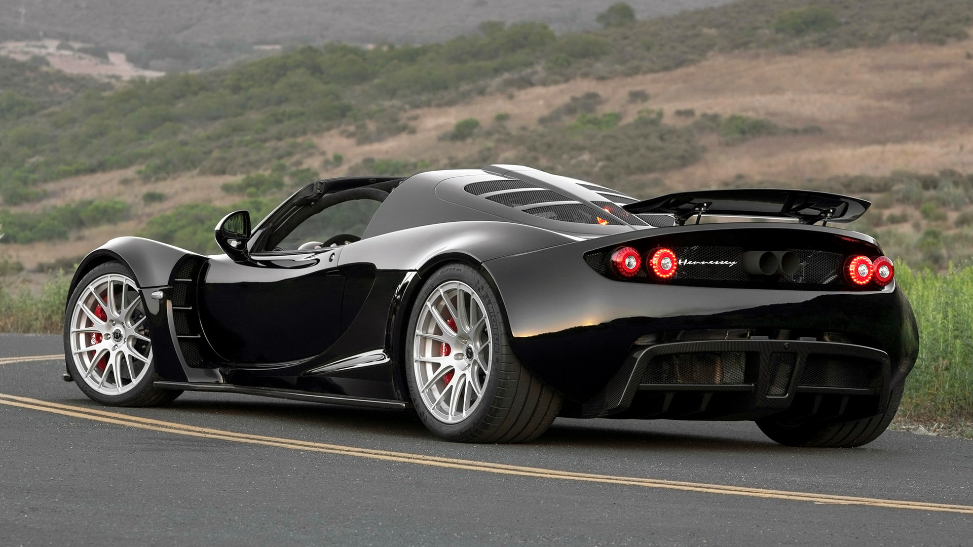 Hennessey Venom Gt Spyder 2013 Wallpapers And Hd Images