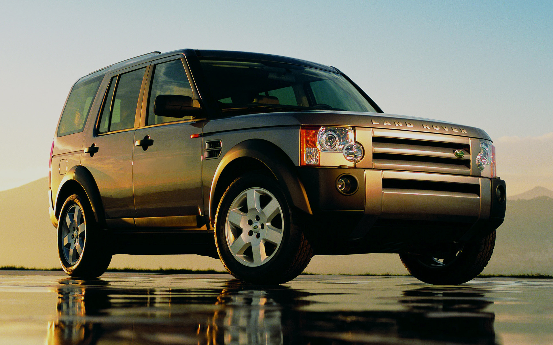 Land Rover Discovery >> 2004 Land Rover Discovery 3 - Wallpapers and HD Images | Car Pixel
