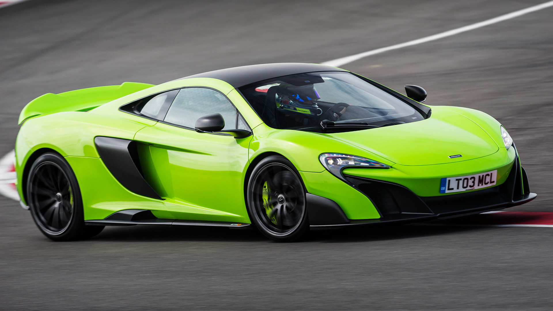 Mclaren 675lt 2015 Wallpapers And Hd Images Car Pixel