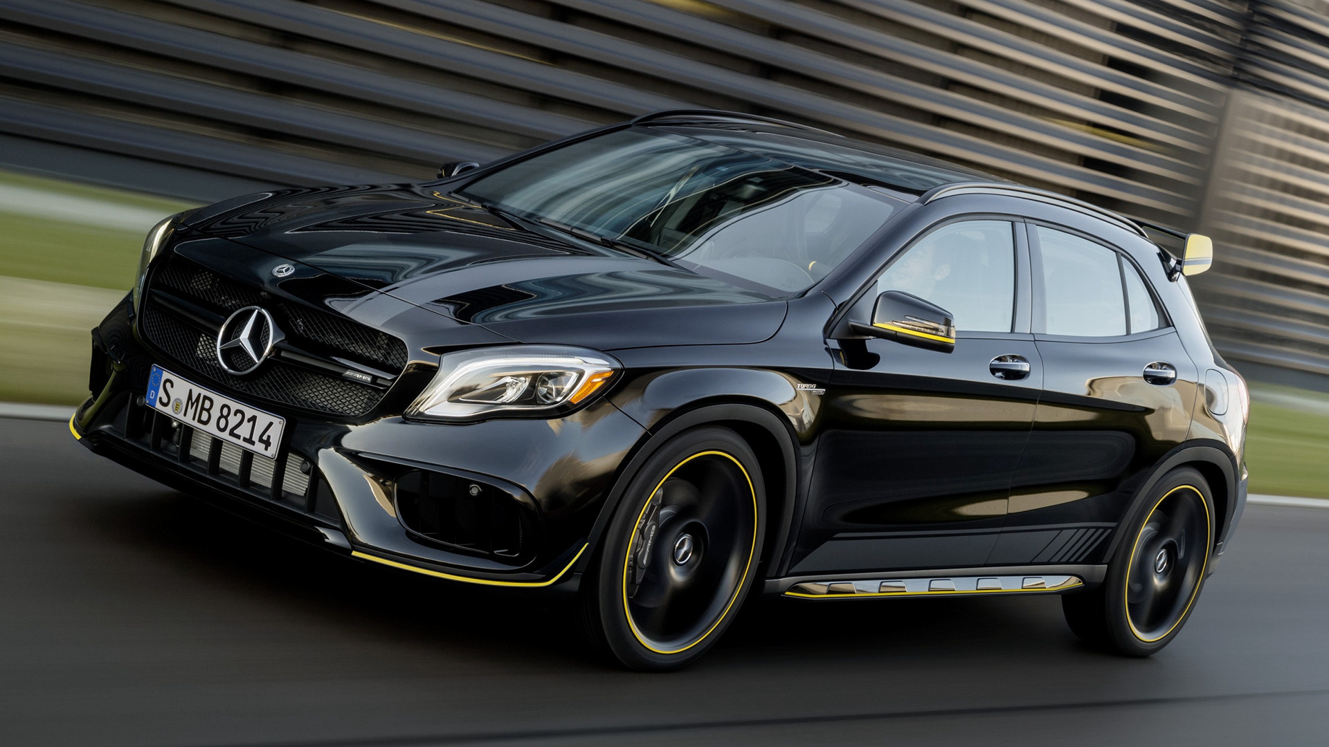 mercedes amg gla 45 yellow night edition 2018 us wallpapers and hd images car pixel. Black Bedroom Furniture Sets. Home Design Ideas