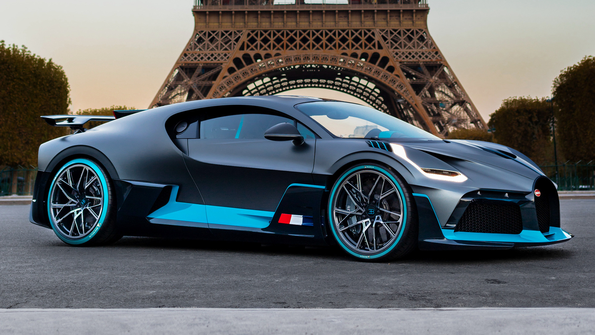 Bugatti Divo 2018 Wallpapers And Hd Images Car Pixel