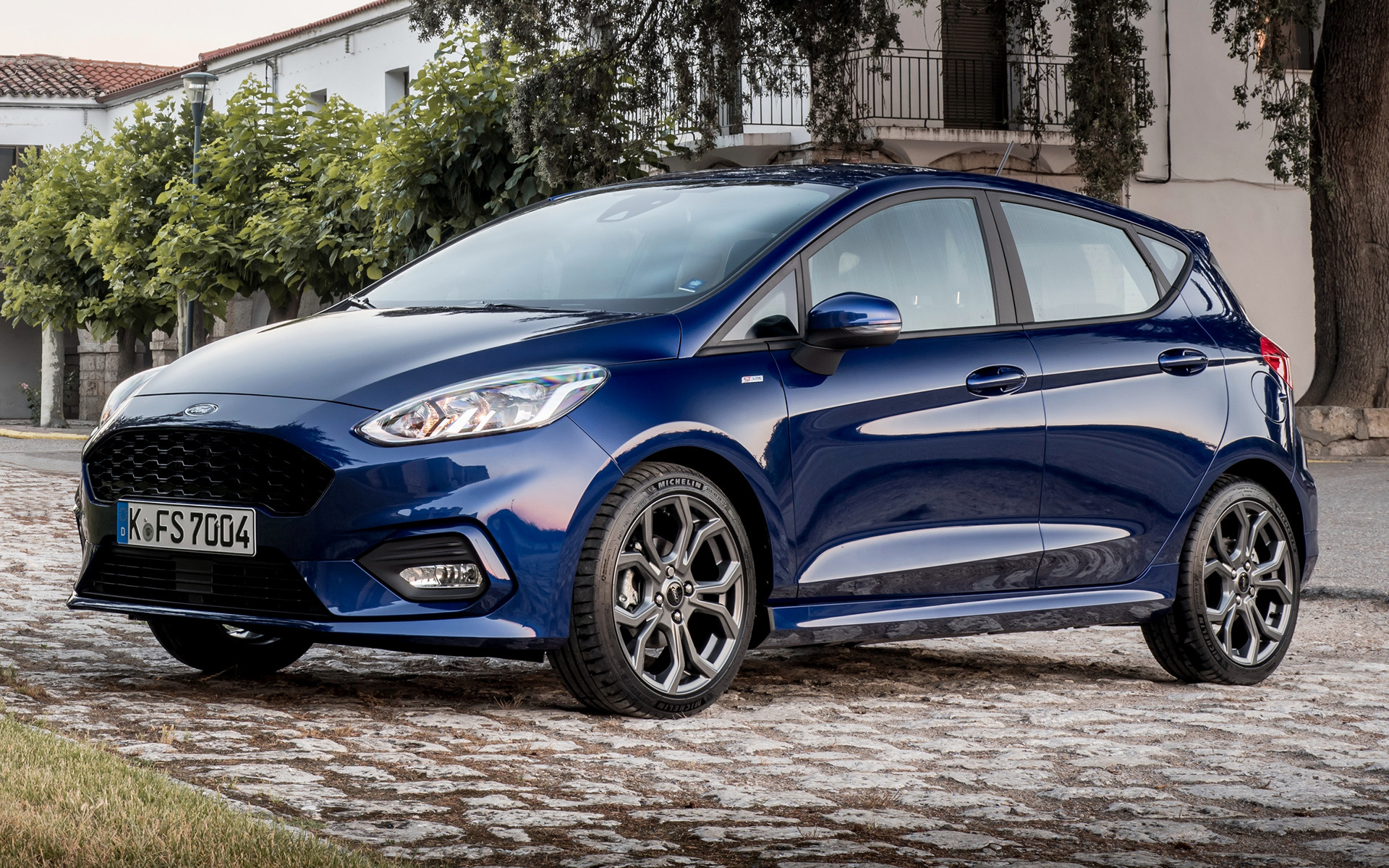 ford fiesta st line 5 door 2017 wallpapers and hd images. Black Bedroom Furniture Sets. Home Design Ideas