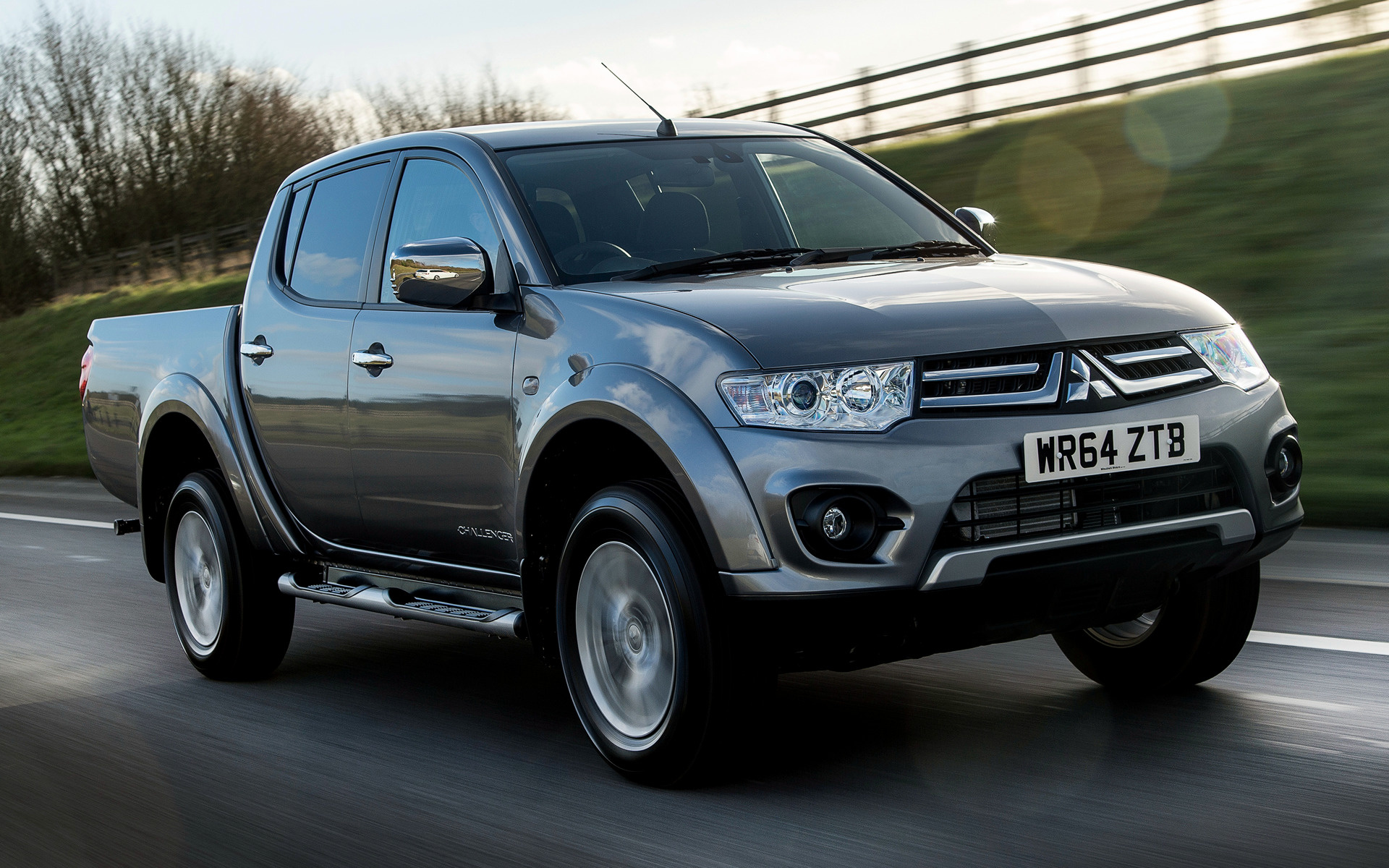 Mitsubishi L200 Challenger (2015) Wallpapers and HD Images ...