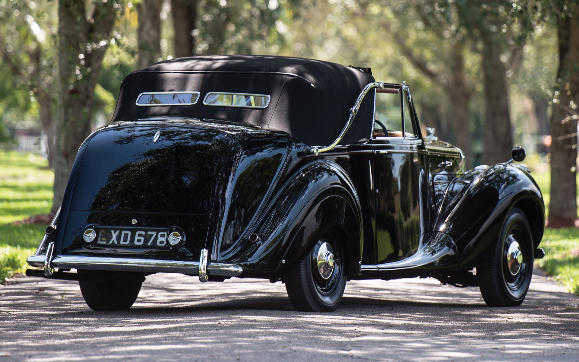 Lincoln Mark Iv further Olds Rocket Dv Bth further Bentley Sedanca Deville Dv Ai furthermore Bentley Special Wheels together with Bentley Mark Vi Drophead Coupe By James Young Car Wallpaper. on 1949 bentley mark vi