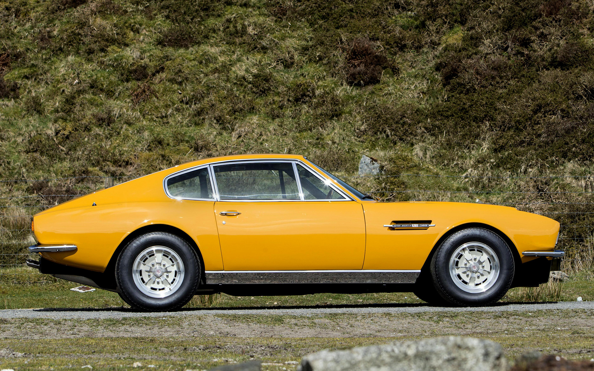 Aston Martin Vantage >> 1970 Aston Martin DBS The Persuaders! - Wallpapers and HD ...
