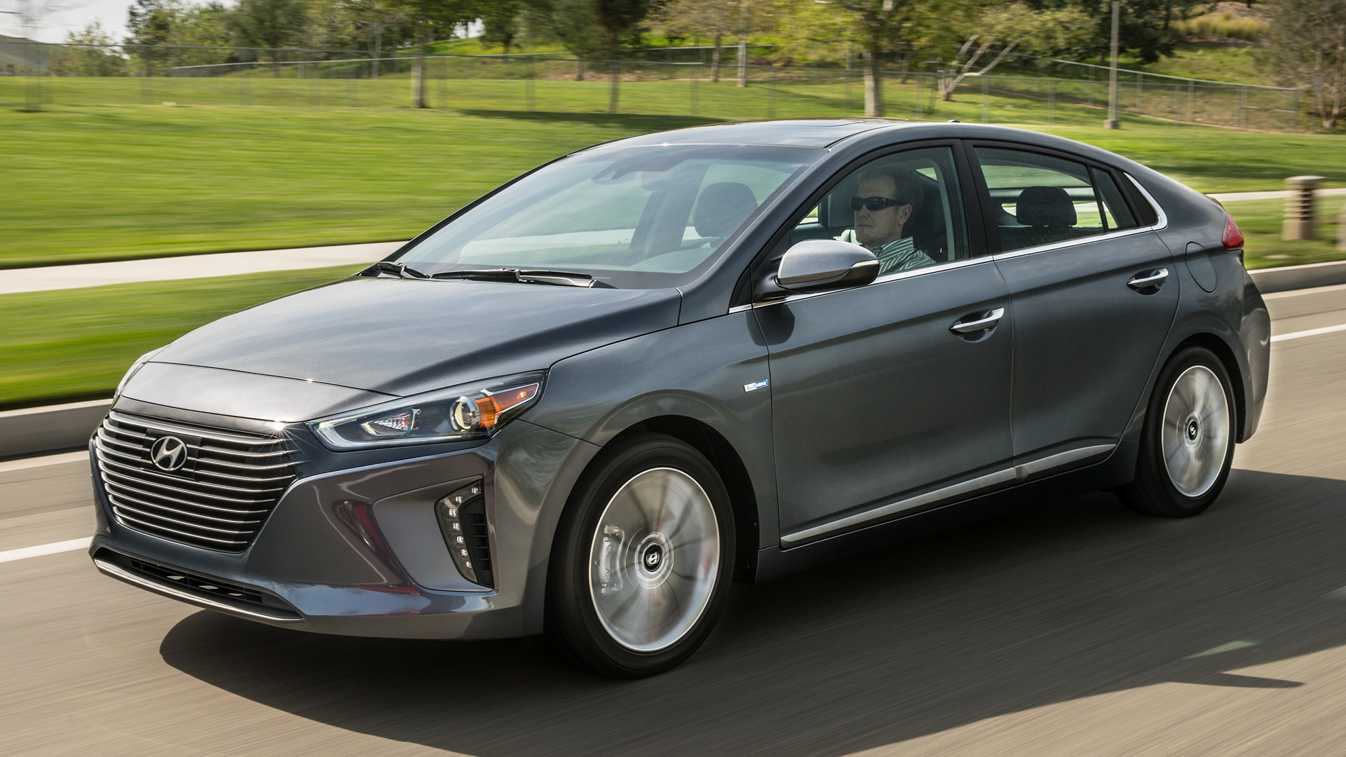 hyundai ioniq hybrid 2017 us wallpapers and hd images car pixel. Black Bedroom Furniture Sets. Home Design Ideas