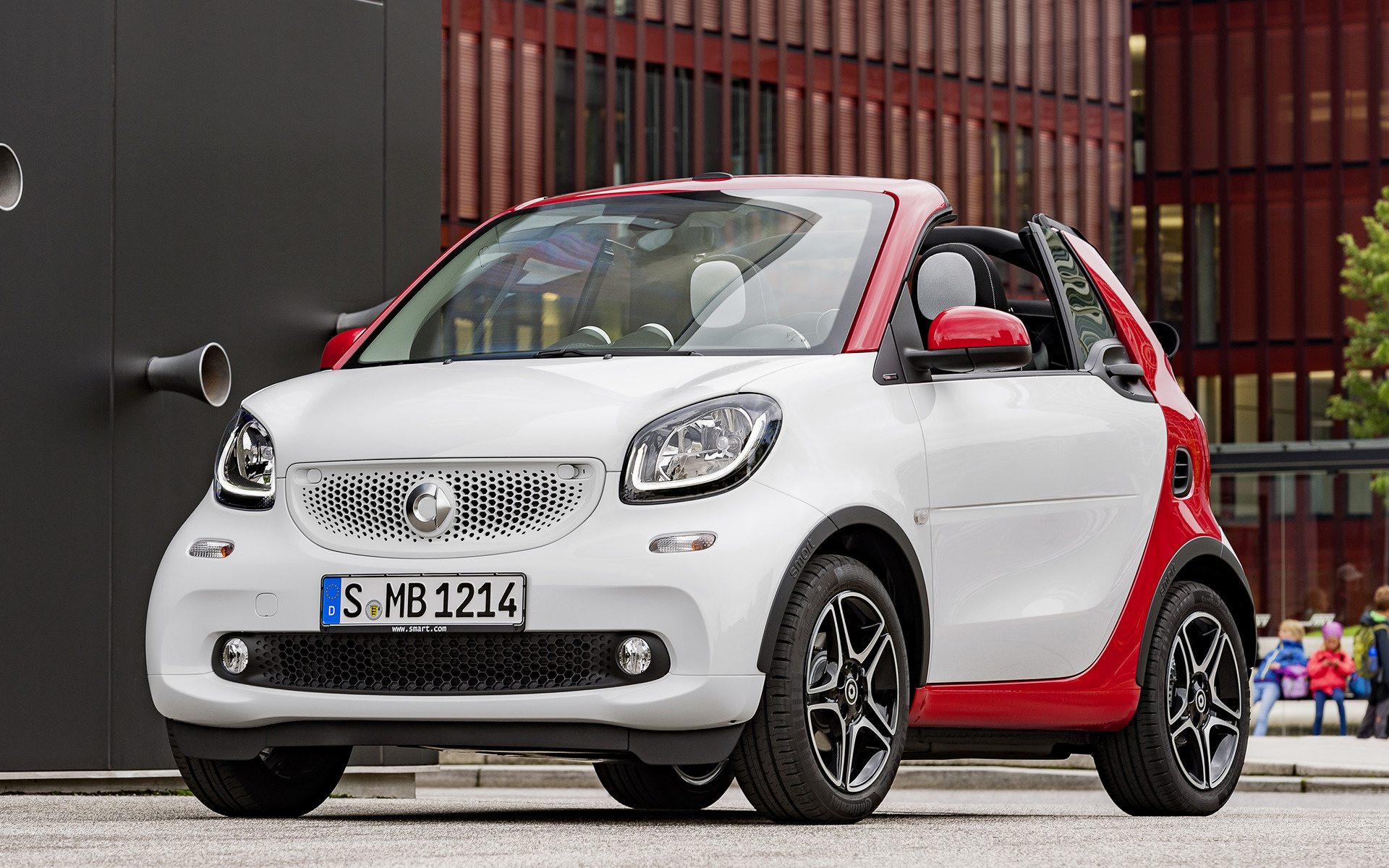 2016 smart fortwo cabrio passion wallpapers and hd. Black Bedroom Furniture Sets. Home Design Ideas