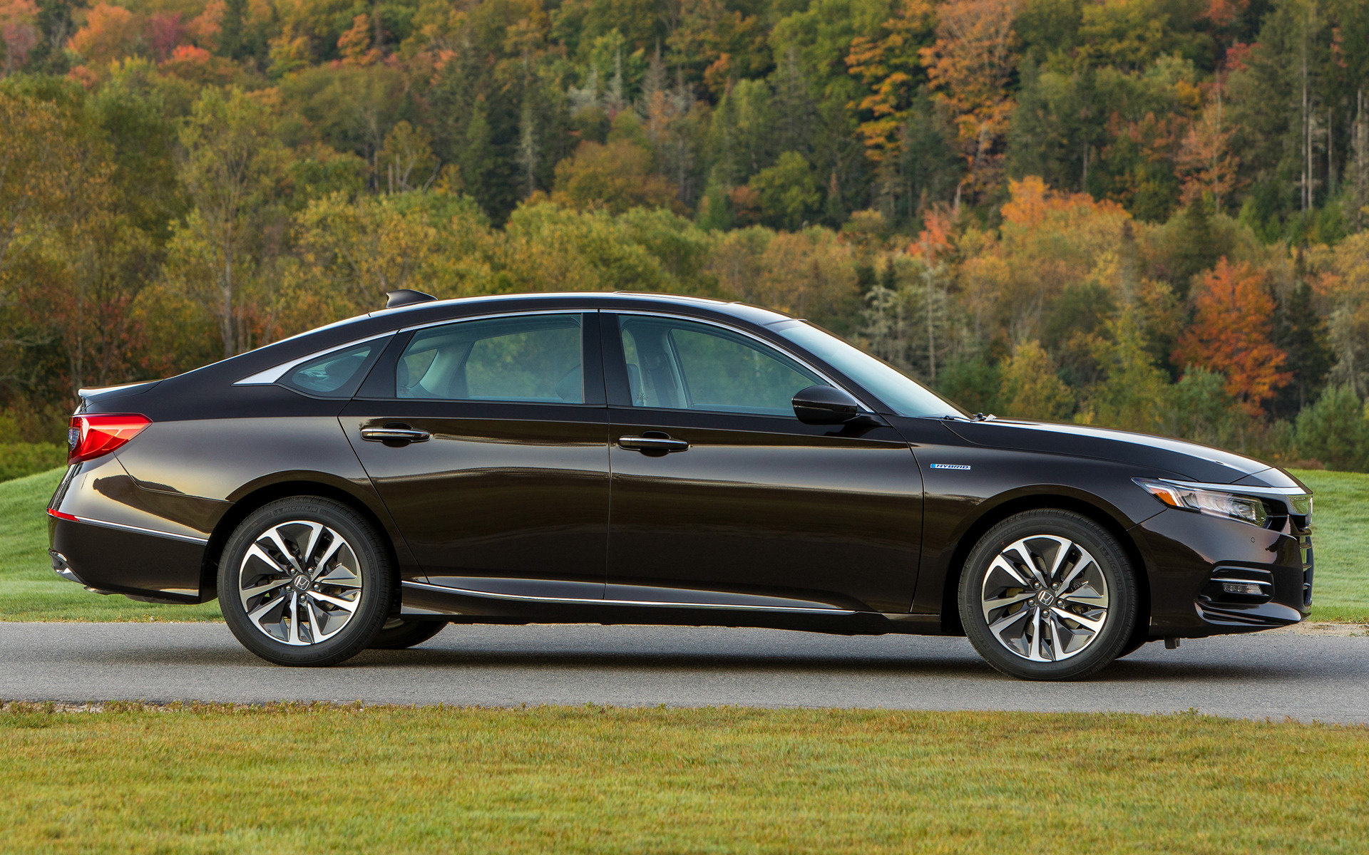 2018 Honda Accord Hybrid Touring - Wallpapers and HD Images | Car Pixel