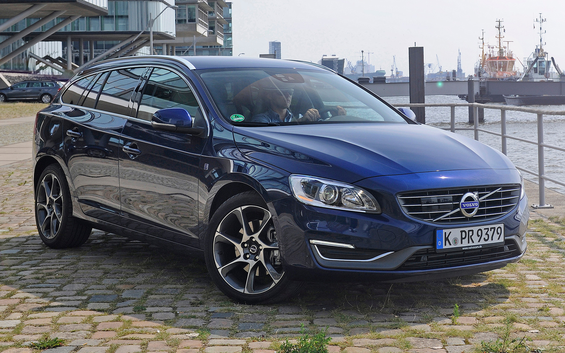 Dodge Ram 2015 >> 2014 Volvo V60 Ocean Race - Wallpapers and HD Images | Car ...