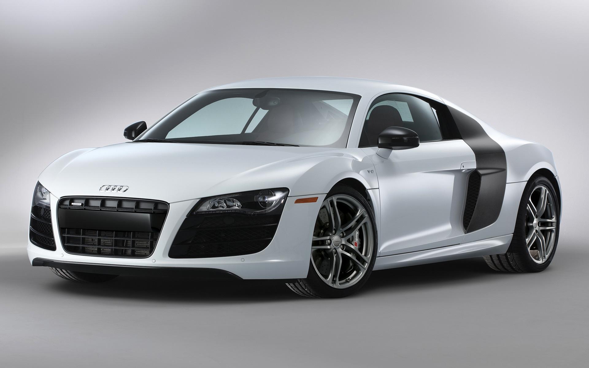 Kelebihan Audi R8 2010 Spesifikasi