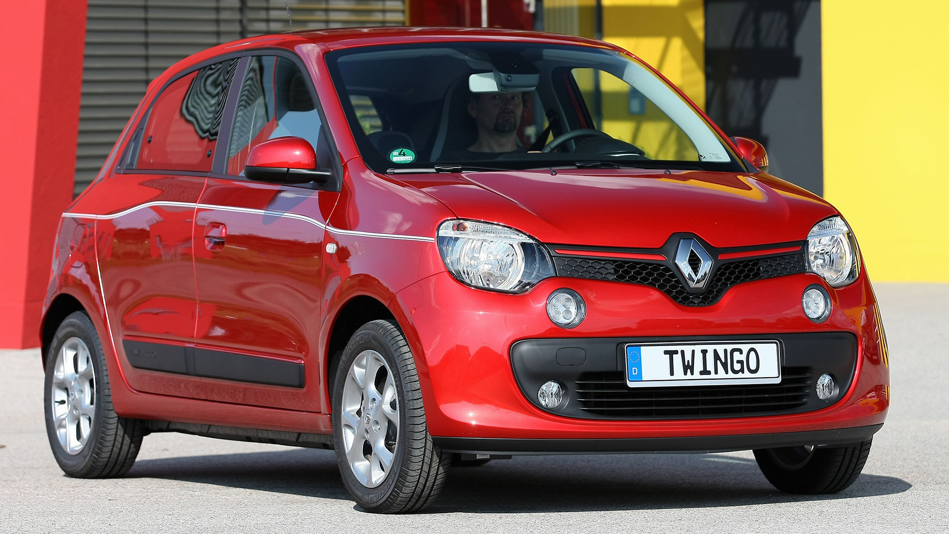 renault twingo 2014 wallpapers and hd images car pixel. Black Bedroom Furniture Sets. Home Design Ideas
