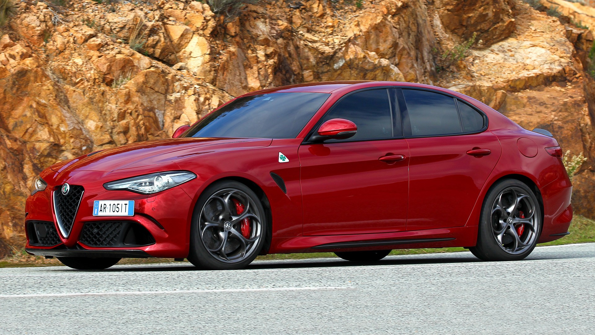 alfa romeo giulia quadrifoglio 2016 wallpapers and hd images car pixel. Black Bedroom Furniture Sets. Home Design Ideas