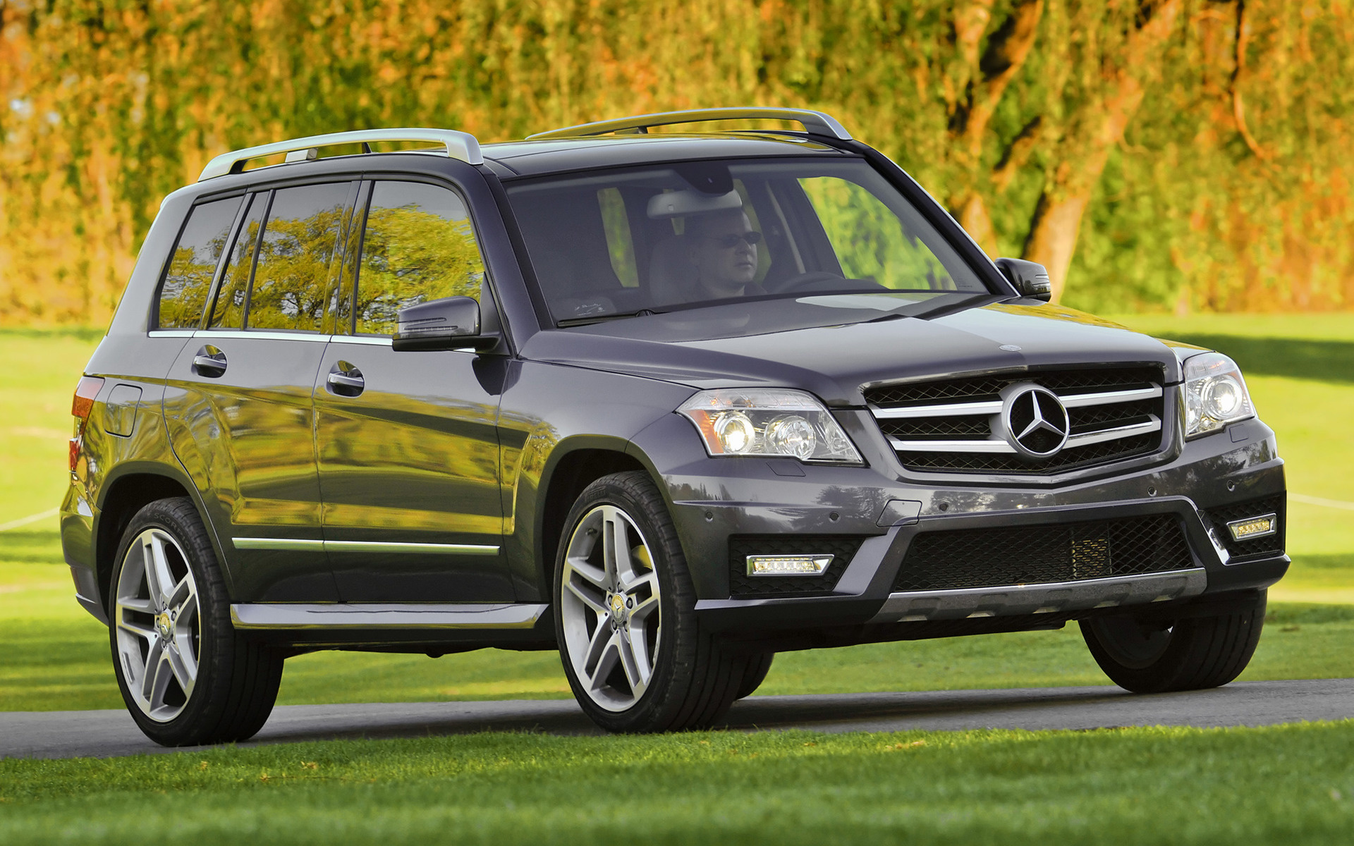 mercedes benz glk class amg styling 2010 us wallpapers and hd images car pixel. Black Bedroom Furniture Sets. Home Design Ideas