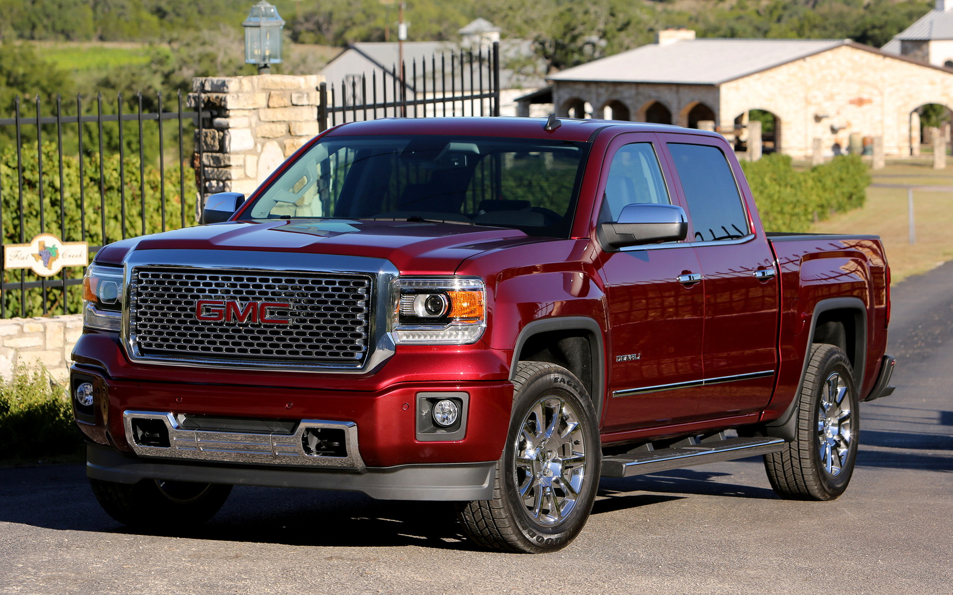 2015 Gmc Sierra Denali >> 2014 GMC Sierra Denali 1500 Crew Cab - Wallpapers and HD Images | Car Pixel