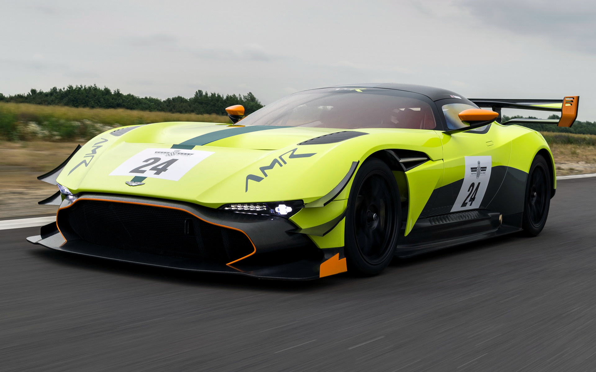 Aston Martin Vulcan >> 2017 Aston Martin Vulcan AMR Pro - Wallpapers and HD ...