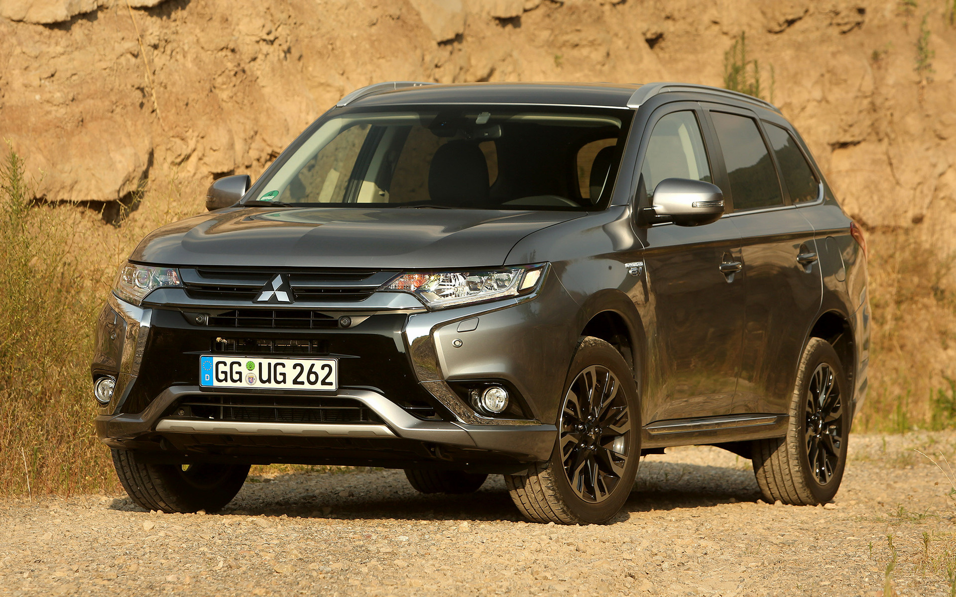 2015 Mitsubishi Outlander Phev Wallpapers And Hd Images