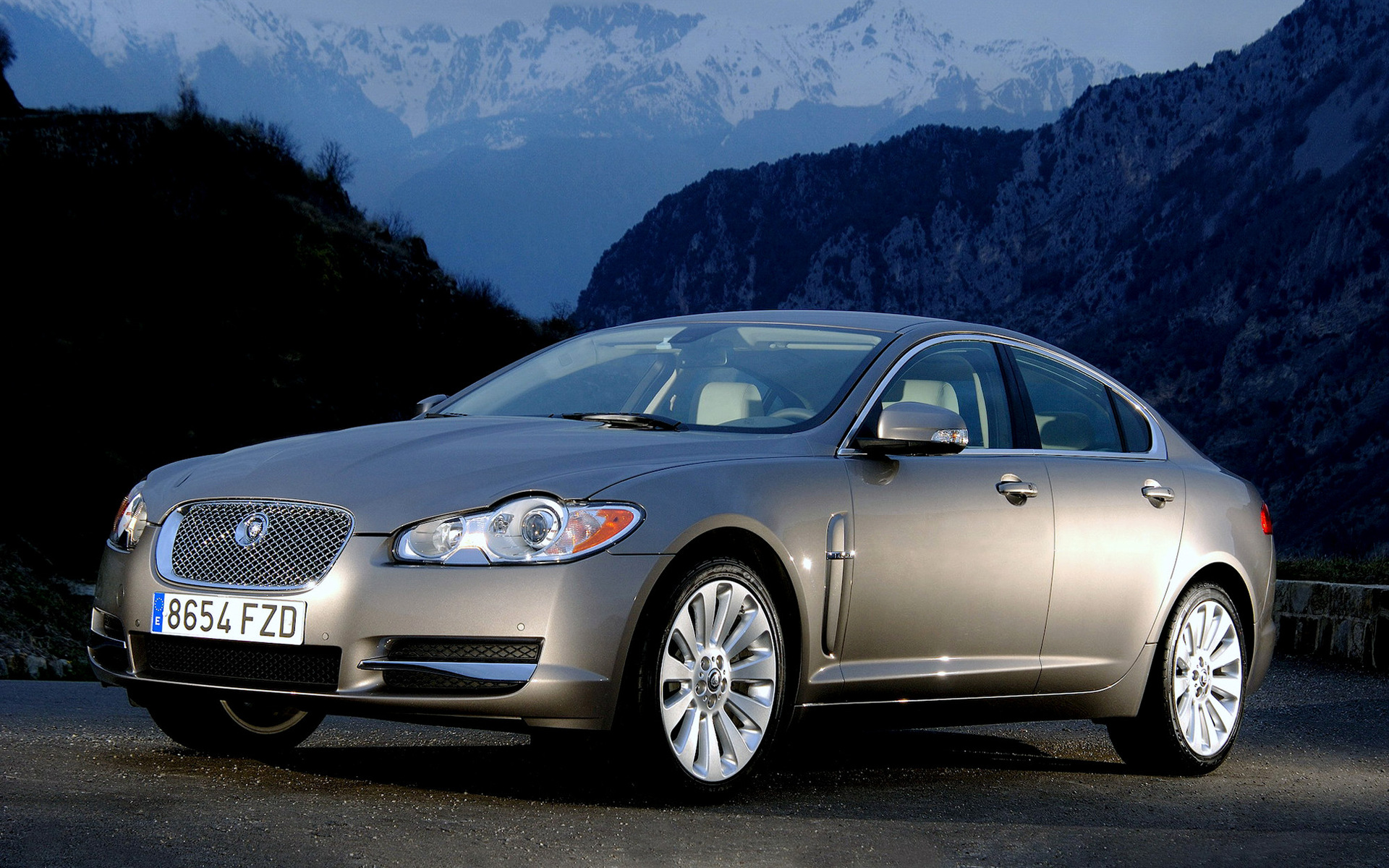 2008 Jaguar XF - Wallpapers And HD Images