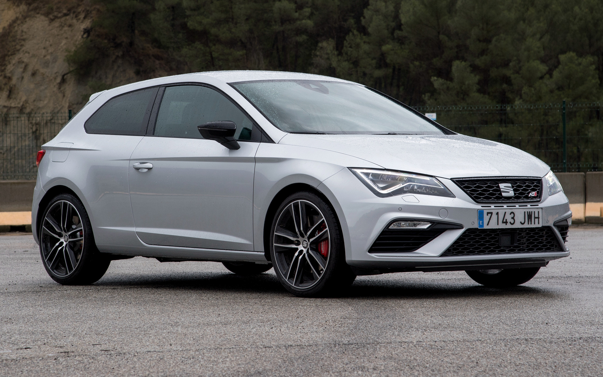 2017 Seat Leon Sc Cupra 300 Wallpapers And Hd Images