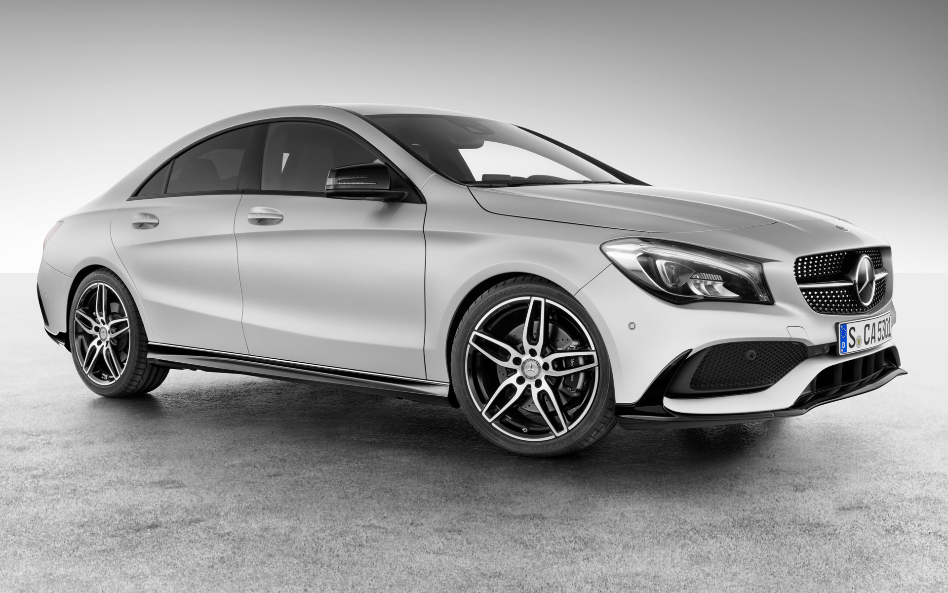 2016 mercedes benz cla class with amg accessories wallpapers and hd images car pixel. Black Bedroom Furniture Sets. Home Design Ideas