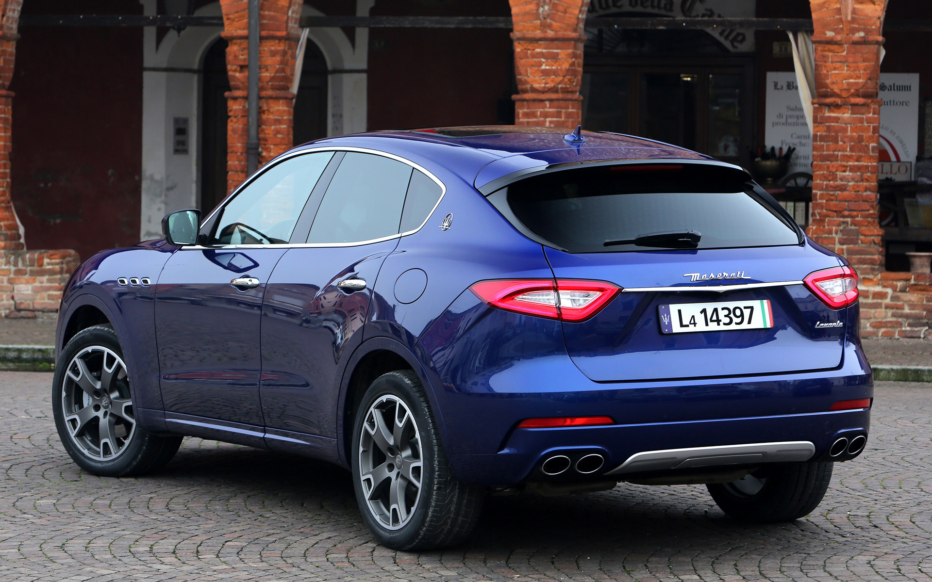 2016 maserati levante wallpapers and hd images car pixel - Maserati levante wallpaper ...