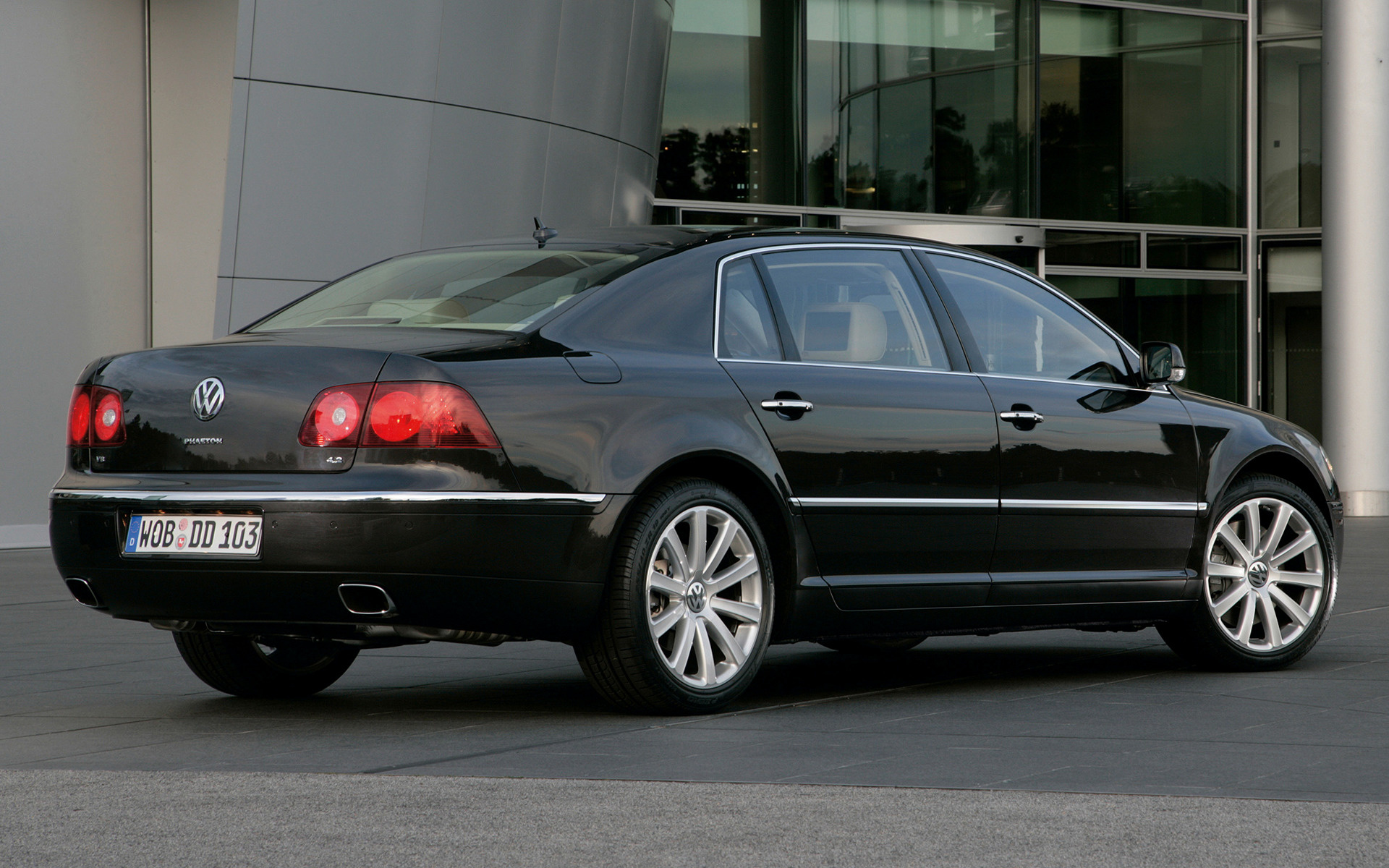 Volkswagen Phaeton (2007) Wallpapers and HD Images - Car Pixel